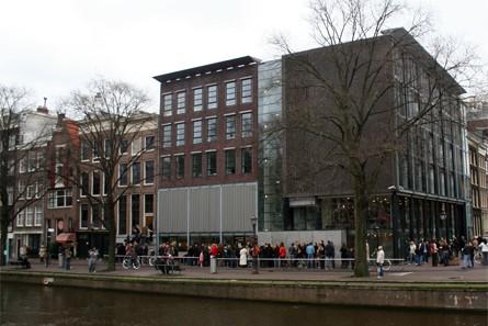 http://www.chocolat.tv/amsterdam/amsterdam__03.jpg